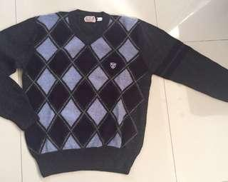 River Woods V neck sweater 100% Lambswool