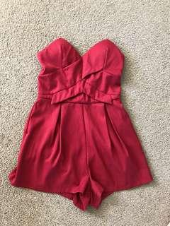 Strapless play suit small 6/8