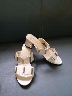Slip on square heels sandals