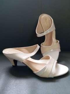 Elegant Princess Slip on Sandals
