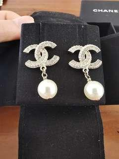 🚚 Chanel Earrings 2019 summer collection