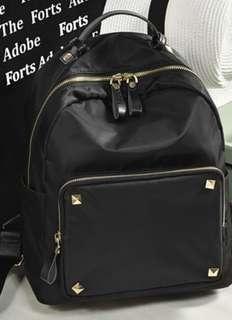 🚚 Ladies waterproof backpack