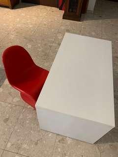 🚚 IKEA Kids desk trendy chair pick up UE. Sq River Valley