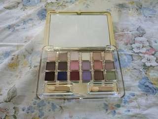 🚚 BN Estee Lauder Eyeshadow Palette