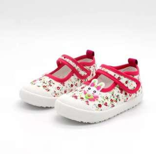 🚚 Brand new girl's shoes