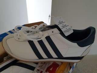 addidas dark blue stripes original CNTRY OG