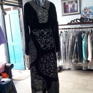 Gamis  batik hitam payet