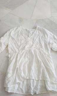 🚚 Clearance Overlap White Blouse (Free Mailing)