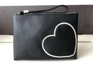 🚚 GUM clutch pouch