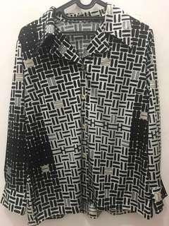 Zara kemeja hitam putih bahan halus