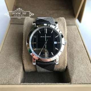 🚚 BU1772 BURBERRY 中性 經典立體格紋錶面 真皮革錶帶 石英 男 女 手錶 38mm