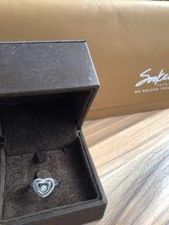 Soo kee 14K WG diamond ring