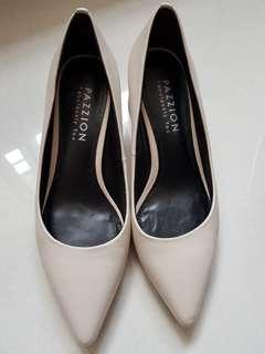 Pazzion heels size 35