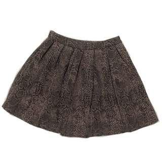 🚚 GG<5 Snake Print Pleated Skirt