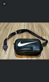 Nike 腰包側背包