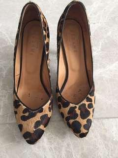 🚚 Sezane high heels shoes T40