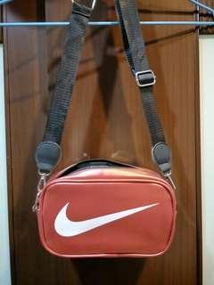 Nike腰包 側背包