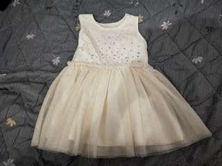 🚚 Wedding dress for girl