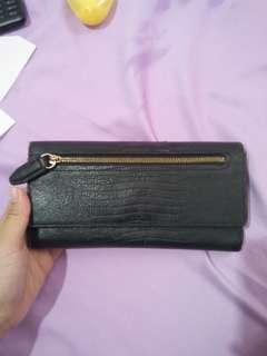 Dompet Charles & Keith Black Wallet