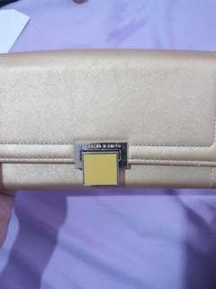 Dompet Charles & Keith Wallet