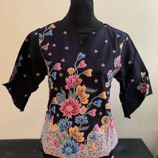 Floral Top (Batik)