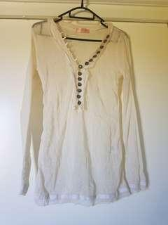 Catalyst (NZ designer) Top Size 10