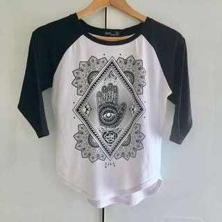 $5 SALE: Asos Raglan Tee Top (do you see this marked sold? no. then OBVIOUSLY ITS AVAILABLE)