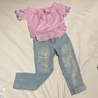 Pink/ shirt /blue / jeans