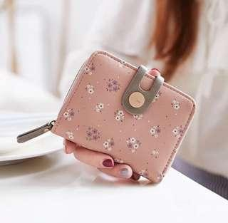 LOOKING FOR: Floral Short Wallet with Coin/Card Slot