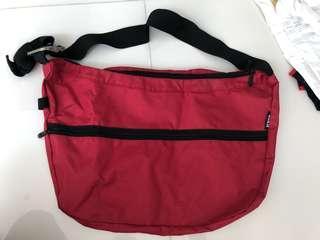 🚚 4skin Red Sling bag