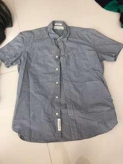 🚚 H&M retro shirt