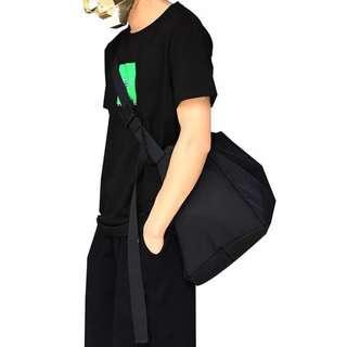 🚚 ✨CHIC✨ Duarte Convertible Travel Duffel Sling Bag