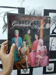 Buku The Blessing of Gamis and Kaftan Majalah