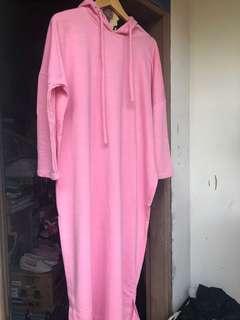 Long pink hoodie