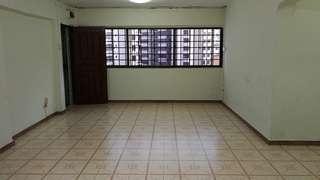 Corner 3 bedrooms HDB for rent