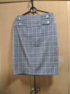 🚚 Checkered Pencil Skirt