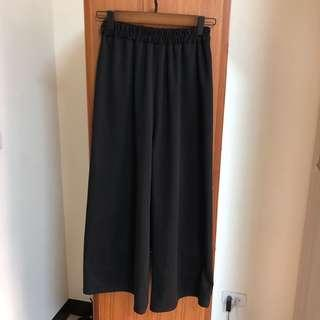 西裝材質微條紋黑色寬褲