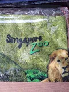🚚 Singapore Zoo Towel