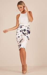 "Showpo ""Claim it back"" skirt in white. Size 8"