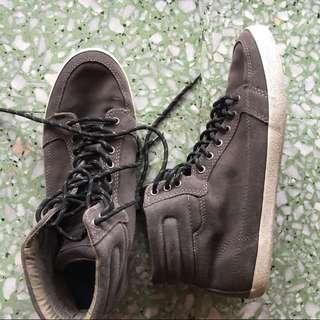 Pull & Bear sneakers (size 43)