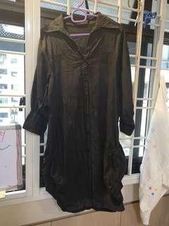 🚚 Black blouse dress