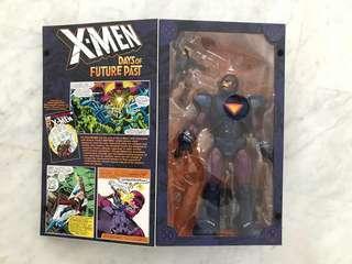 Marvel Legends Sentinel SDCC and Wolverine