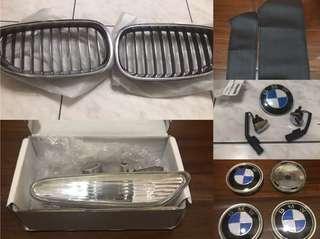 🚚 BMW E60 鍍鉻水箱罩 方向側燈 車身標 鍍鉻噴水頭 輪軸蓋 牛皮扶手保護