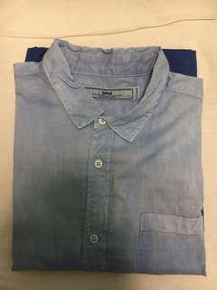 Initial 恤衫