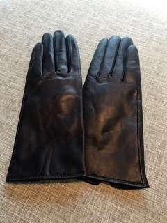 Woman Leather Glove