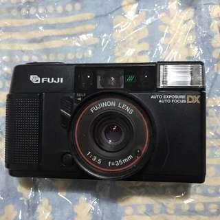 🚚 Vintage camera