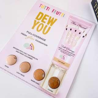 Too Faced tutti frutti dew you Full coverage fresh glow foundation • snow, light beach, warm sand, toffee • deluxe sample