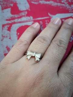 Size 7 ribbon ring