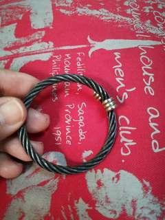 Black bangle coil