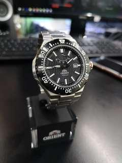 Orient M Force SEL07002B Made in Japan Automatic Sapphire Crystal Glass 200M water resistant